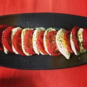 おしゃれー☆トマトの簡単カプレーゼ♪