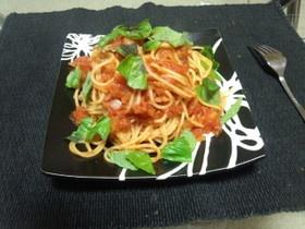 映画「幸せのレシピ」風、トマトパスタ