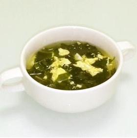 生姜が決め手♪ワカメと卵のスープ