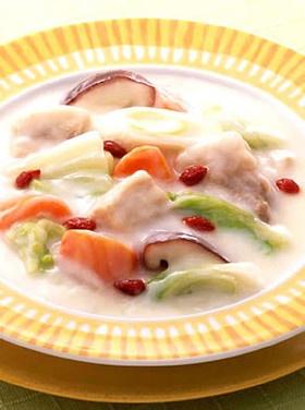 豚肉と白菜のクリームシチュー