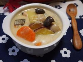 ほっこり♡鮭とお芋の秋シチュー