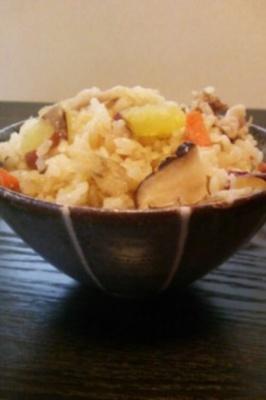 根菜いっぱいウェイパーの炊き込みご飯