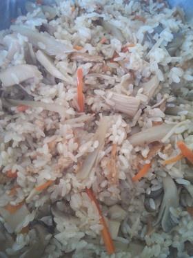 玄米入り舞茸&きのこたっぷりおこわ