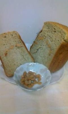 GOPANでお米食パン△ひじきお豆さん○