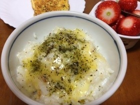 風邪☆リゾット風チーズ入り牛乳粥☆朝食