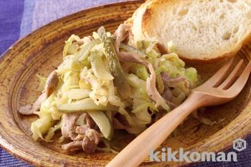 豚肉とキャベツのピクルス炒め