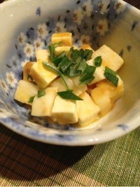 簡単おつまみ☆長いもとチーズの醤油麹和え