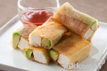 豆腐とアボカドの春巻き