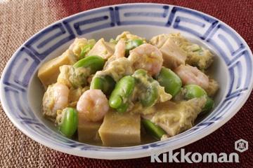 高野豆腐と芝えび、そら豆の卵とじ
