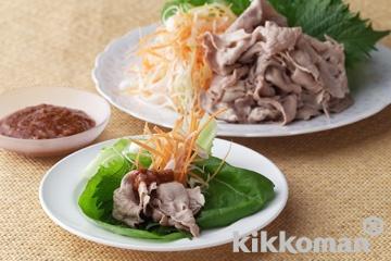 ゆで豚の韓国風サラダ菜包み