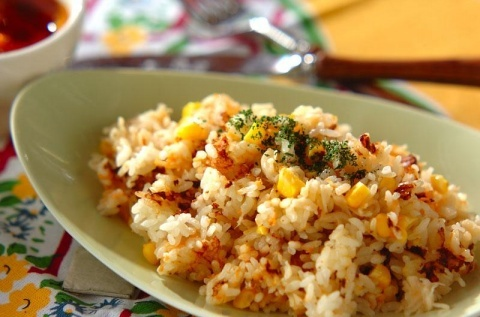 トウモロコシの炊き込みご飯
