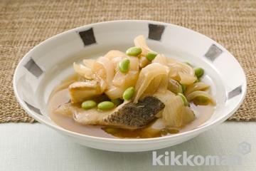 すずきと枝豆、玉ねぎの薄味煮