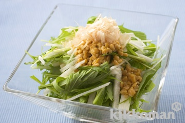水菜と長いも、納豆のサラダ