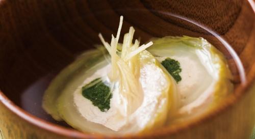 白菜と鶏ささ身のすまし汁