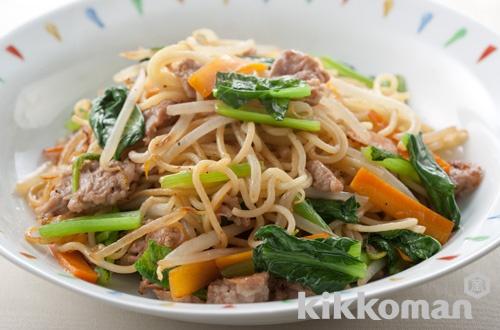 青菜と豚肉の中華風焼きそば