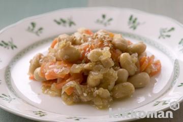 水煮大豆とにんじんのみそ炒め