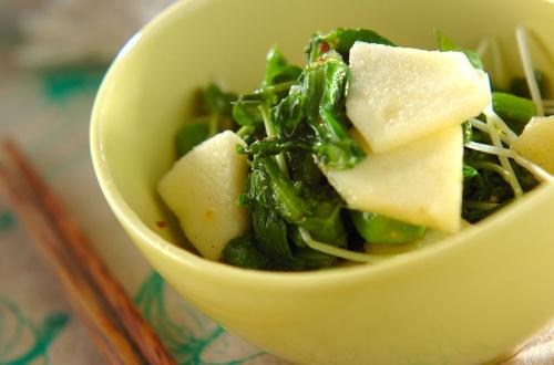 リンゴと菜の花のサラダ