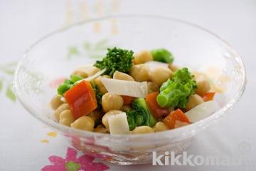 菜の花とパプリカ、ひよこ豆のサラダ