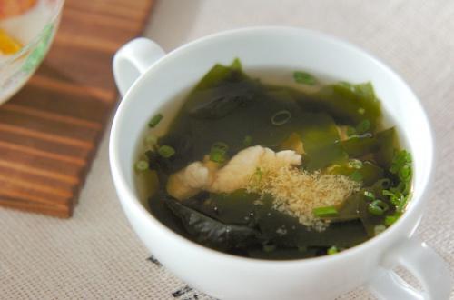 ささ身とワカメのスープ