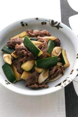 ズッキーニと牛肉の中華風炒め
