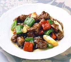 牛肉の黒コショウ炒め