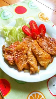 簡単節約☆鶏胸肉の生姜焼き。