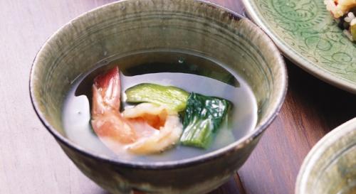 えびとチンゲン菜のスープ