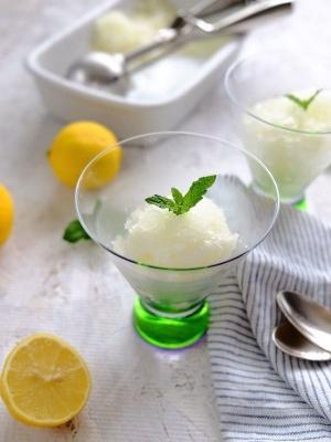 白ワイン香る レモンのグラニテ