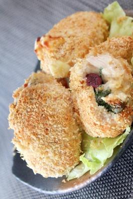 揚げない♪鶏ささみのしそ梅チーズと大葉のチキンカツ レシピ・作り方