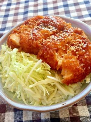 甘辛ソースが絶品♡鶏むね肉でソースチキンカツ丼 レシピ・作り方