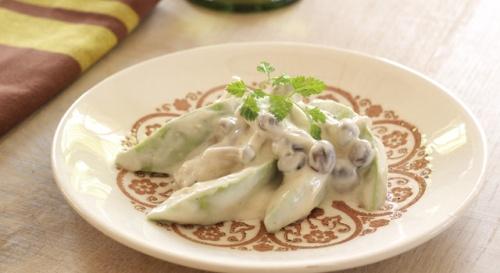 アボカドとしめじの豆腐クリームサラダ