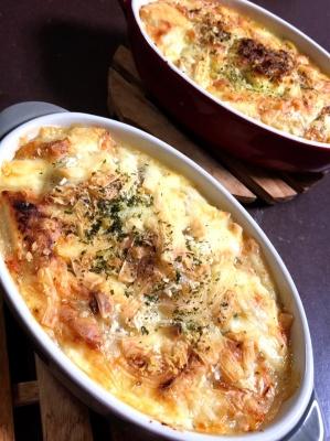 鮭とトマトのチーズたっぷりグラタン レシピ・作り方