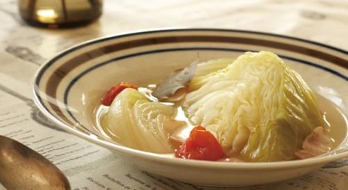 トマト入りキャベツのスープ煮
